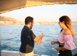 Teknede Romantik Evlilik Teklifi Organizasyonu Çeşme