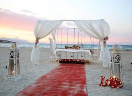 Kutu Gül Temini ve Gazebo Süsleme Kumsalda Evlenme Teklifi Organizasyonu Çeşme