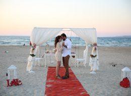 Plajda Romantik Evlilik Teklifi Organizasyonu