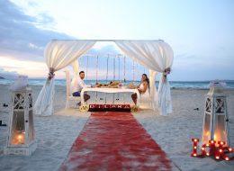 Sahilde Kırmızı Halıda Evlilik Teklifi Organizasyonu Çeşme