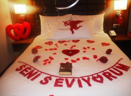 İzmir Otel Odası Süsleme Evlilik Teklifi Organizasyonu