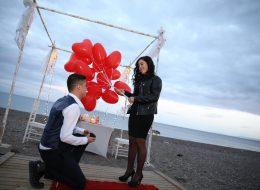 Çanakkale Kumsalda Evlenme Teklifi Organizasyonu ve Evlenme Teklifi Anı