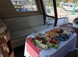 Teknede Kahvaltı Organizasyonu