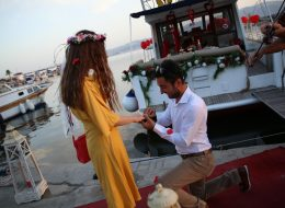 Bodrum Teknede Sürpriz Evlilik Teklifi Organizasyonu