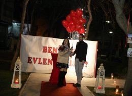 Kırmızı Halıda Yer Volkanları Eşliğinde Evlilik Teklifi Organizasyonu Bursa