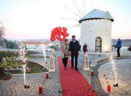 Yel Değirmenlerinde Evlenme Teklifi Organizasyonu