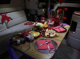 İzmir Teknede Evlilik Teklifi Organizasyonu ve Masa Süsleme