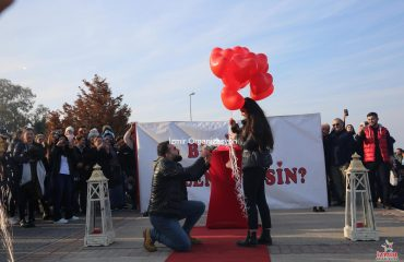 İnciraltında Evlilik Teklifi Organizasyonu İzmir Organizasyonu