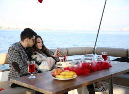 Teknede Sürpriz Evlilik Teklifi Organizasyonu İzmir