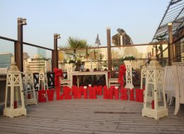 Uşak Evlenme Teklifi Organizasyonu Mekanları Denizci Fenerleri ile Süsleme Benimle Evlenir Misin Yazılı Strafor Harfler