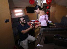 Çeşme Teknede Evlilik Teklifi Organizasyonu Evlenme Teklifi Anı