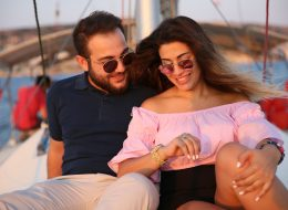 Çeşme Marina Çıkışlı Teknede Evlilik Teklifi Organizasyonu ve Tekne ile Körfez Turu İzmir