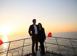 İzmir Gün Batımında Teknede Evlilik Teklifi Organizasyonu