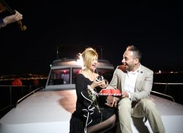 Butik Pasta ile Gelen Tek Taş Yüzük ve Evlilik Teklifi Organizasyonu İzmir