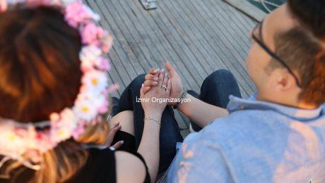 Evlenme Teklifi İçin Nasıl Bir Yüzük Satın Almalıyım