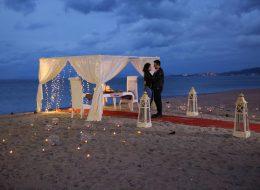 Kuşadası Kumsalda Sürpriz Evlilik Teklifi Organizasyonu
