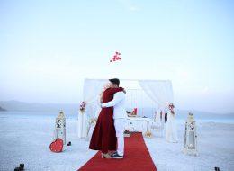 Salda Gölünde Sürpriz Evlilik Teklifi Organizasyonu