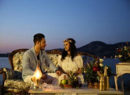 Gün Batımında Kumsalda Evlilik Teklifi Organizasyonu Foça