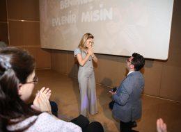 Sinemada Şaşırtan Evlilik Teklifi Organizasyonu İzmir