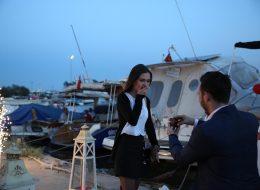 Romantik Şarkılar Eşliğinde Evlilik Teklifi Organizasyonu İzmir