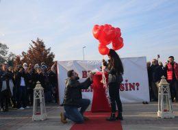 İnciraltı'nda Evlilik Teklifi Organizasyonu Dilek & Cem
