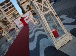 Evlenme Teklifi Organizasyonu ve Kırmızı Mumlar ile Romantik Atmosfer Yaratan Denizci Fenerleri