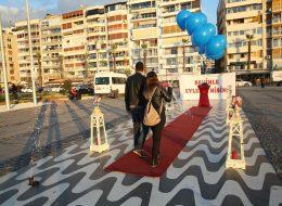 Evlenme Teklifi Organizasyonu Dev Pankart ve Uçan Balonlar