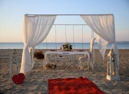 Sahilde Evlilik Teklifi Organizasyonu Gazebo Süsleme Çeşme