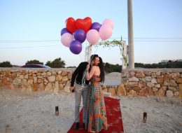 Uçan Balonlar Eşliğinde Sürpriz Evlilik Teklifi Organizasyonu