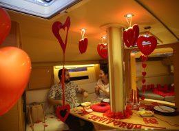 Dekoratif Ürünlerle Tekne Süsleme ve Evlilik Teklifi Organizasyonu İzmir