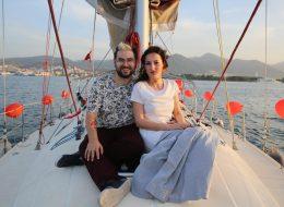 İzmir Levent Marina Çıkışlı Teknede Evlilik Teklifi Organizasyonu Tekne Süsleme