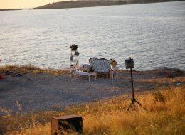 Deniz Feneri ve Gün Batımda Etnik Dekor ile Evlilik Teklifi Organizasyonu
