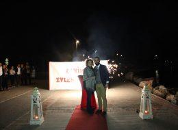 Benimle Evlenir Misin Yazılı Dev Pankart ile Evlilik Teklifi Organizasyonu