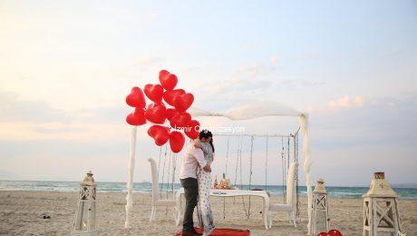 Sahilevleri'nde Sürpriz Evlilik Teklifi Organizasyonu