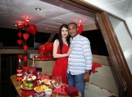 Mutluluk Teknesi'nde evlenme teklifi organizasyonu