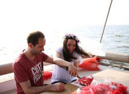 Körfez'de Teknede Sürpriz Evlilik Teklifi Organizasyonu Elif & Ayberk