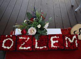 Kutu Gül -Özel tasarım çiçek-İsme Özel kutu gül-Evlenme teklifi organizasyonu