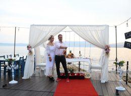 Seferihisarda Sürpriz evlenme teklifi organizasyonu
