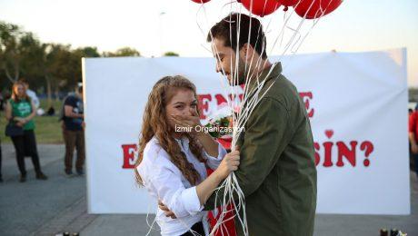 İnciraltı'nda Sürpriz Evlilik Teklifi Organizasyonu