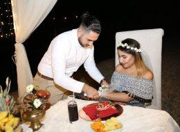 Kaş'da Havai Fişek Ve Kalp Dekor İle Evlilik Teklifi OrganizasyonuKaş'da Havai Fişek Ve Kalp Dekor İle Evlilik Teklifi Organizasyonu