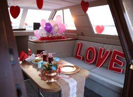 Bostanlı'da Sürpriz Evlenme Teklifi Organizasyonu