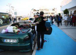 Kafe Başlangıçlı Teknede Evlilik Teklifi Organizasyonu Paketi