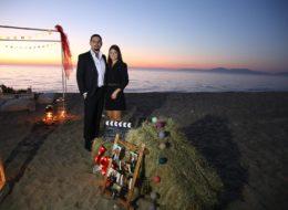Urla Kumsalda Evlilik Teklifi Organizasyonu