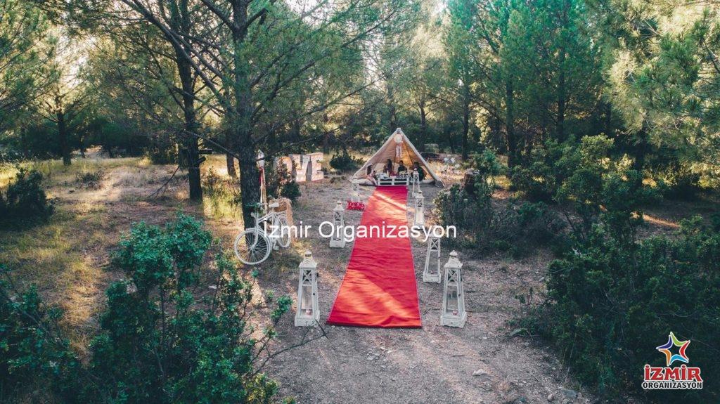 Büyülü Ormanda Düş Kapanı Evlenme Teklifi Organizasyonu