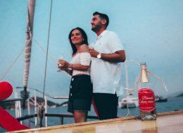 Bodrum Teknede Sürpriz Evlenme Teklifi Organizasyonu
