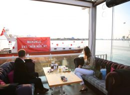 Organization of Marriage Proposal on Cafe-Out Yacht