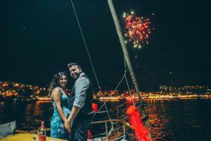 Havai Fişek Eşliğinde Yatta Evlilik Teklifi Organizasyonu
