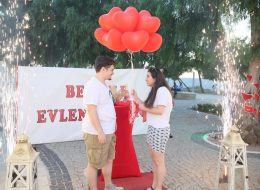 Alaçatı Evlenme Teklifi Organizasyonu İzmir Organizasyon