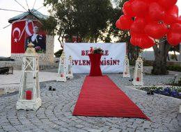 Benimle Evlenir Misin Yazılı Pankart Temini İzmir Organizasyon