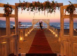 Romantik Kapı Dekoru ve Yürüyüş Yolu Süsleme İzmir Organizasyon